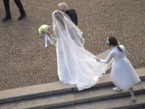 how does italy celebrate weddings