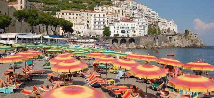 italy beach resorts luxury